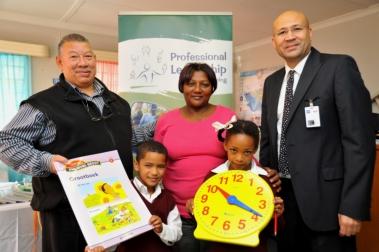 GMSA Foundation hands over books