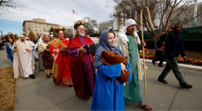 Live Nativity scene staged in front of US Supreme Court