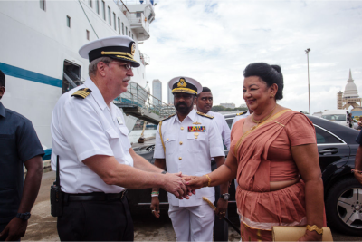 Logos Hope Captain Tom Dyer (U.S.A.) welcomes guest of honour Madam Shiranthi Rajapaksa, First Lady of the Republic of Sri Lanka, where the ship is currently visiting.