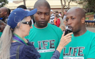 Dianne Steven interviews SRC leaders Eketsang Diaho (right) and Malusi Mkhize.