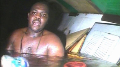 Man 'miraculously' survives 3 days in air bubble under sea