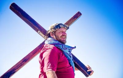 Cross walker and street evangelist share Gospel journey
