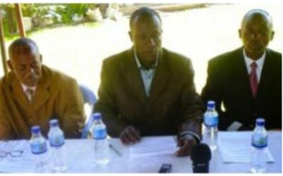 Pastor Crodward Edwar (centre) at a press conference about the Bukoba murder Courtesy of Harakati News blog.