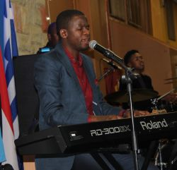 Gospel musician Nqubeko Mbatha on the keyboard.
