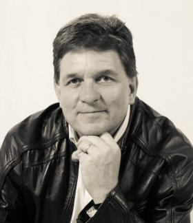Michael Swain