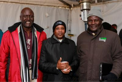Premier joins thousands seeking the face of God in the Karoo
