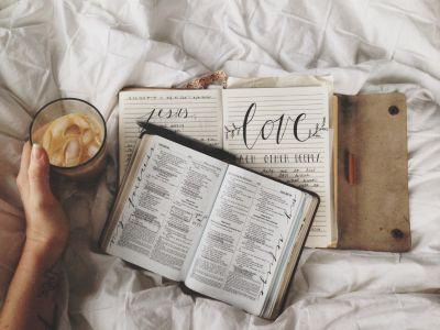 Vivienne bible