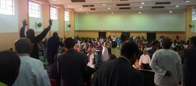 prayer crowd