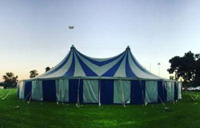 Lindy-Ann KKNK tent