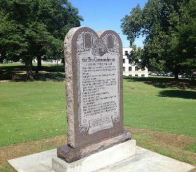 'God's Not Dead' producer led to help rebuild Ten Commandments monument