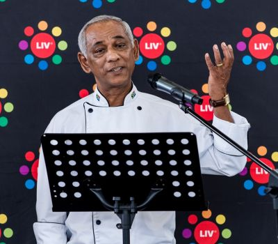 Top chef inspires cullinary school graduates at LIV Village