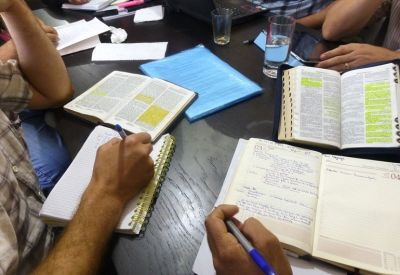 Algeria government criticised over heavy fines for transporting Bibles