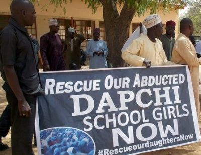 More than 100 captured Nigerian girls freed with a warning to their parents