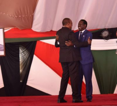 WATCH VIDEO: President Kenyatta leads hugs and apologies between political rivals