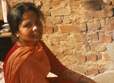 Asia Bibi's daughter 'thankful' and 'fearful' after mother acquitted of blasphemy