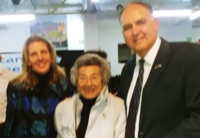 Woman, 98, tells Cape audience how she escaped from Nazi gas chamber