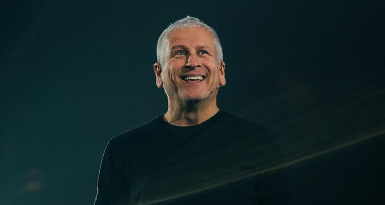 Louie Giglio implores Church to talk about depression, mental illness