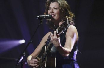 Amy Grant undergoes surgery to fix heart condition she's had since birth